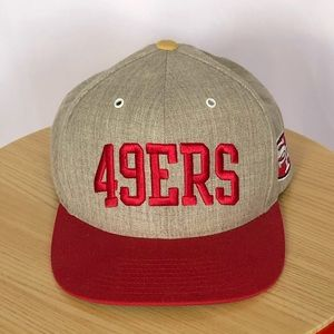Mitchell & Ness 49ers SnapBack cap